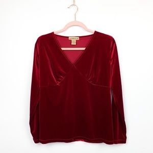 🌼2/$22🌼 Vintage Long Sleeve Red Velvet Top